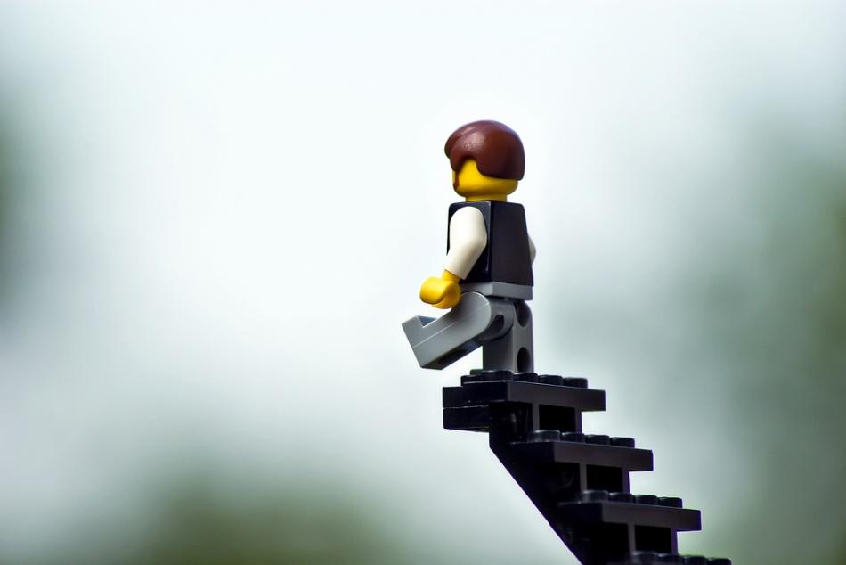 Cuidado con nuestros pasos