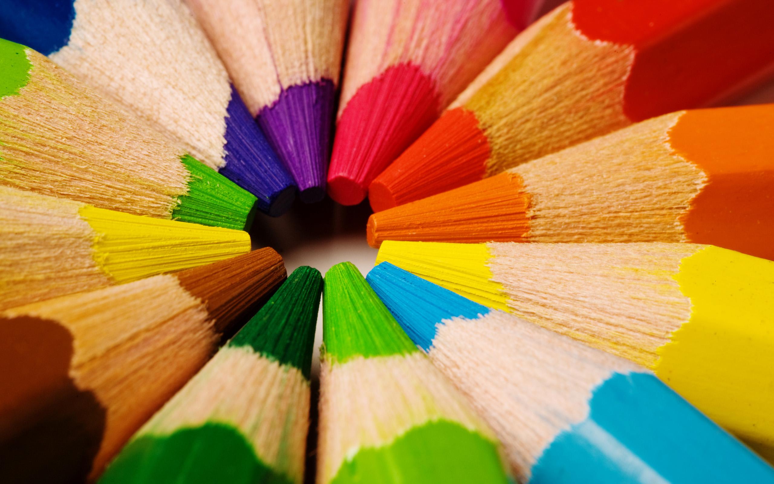 Más allá del color