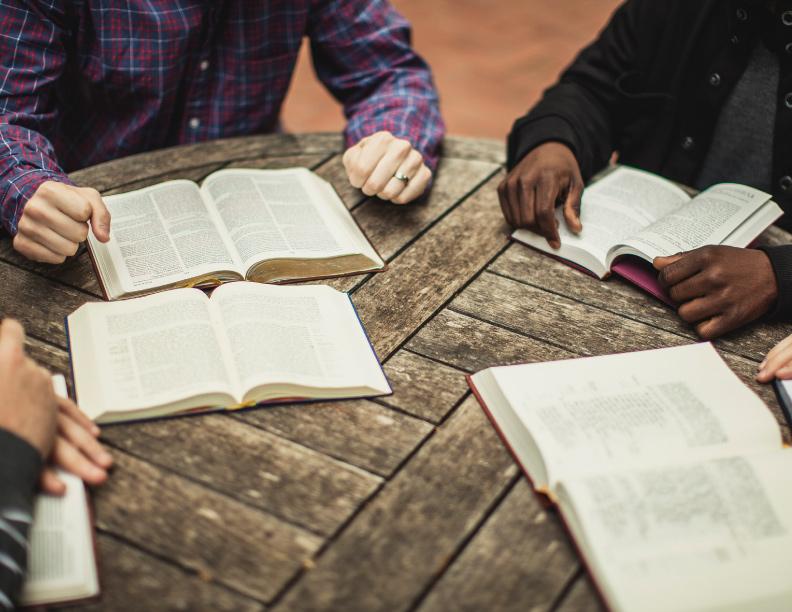 ¿Es la Biblia importante en la actualidad?
