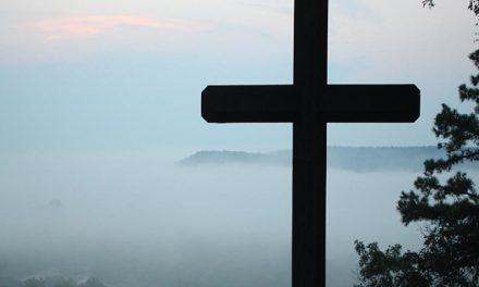 Más allá de la cruz