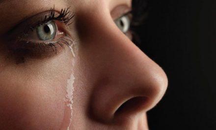 Lágrimas más palabras