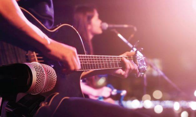 Cantemos con todo nuestro corazón