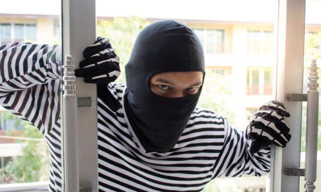 Cuidado con los ladrones y asaltantes